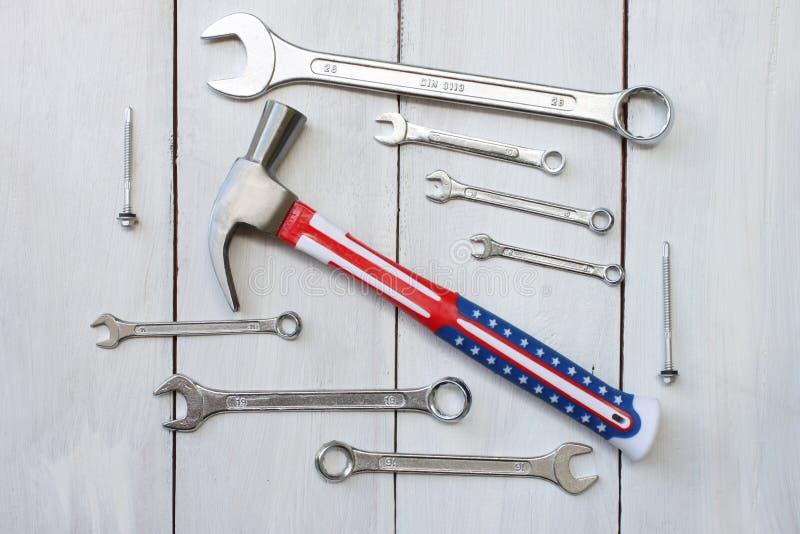 Szczęśliwy święto pracy jednoczący stanu pojęcia narzędzia technik umieszczający dalej zdjęcie royalty free