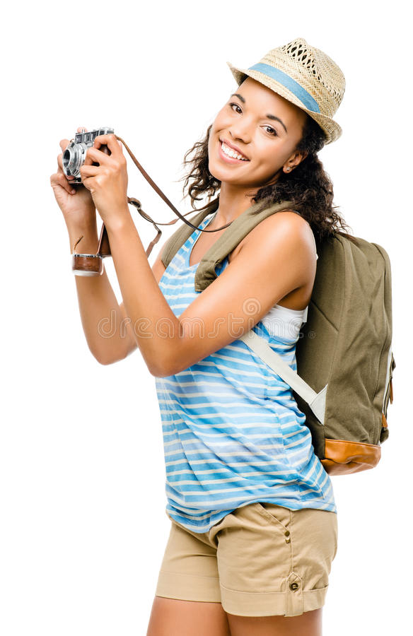 Szczęśliwy amerykanin afrykańskiego pochodzenia kobiety turysta odizolowywający na białym backgroun zdjęcie royalty free