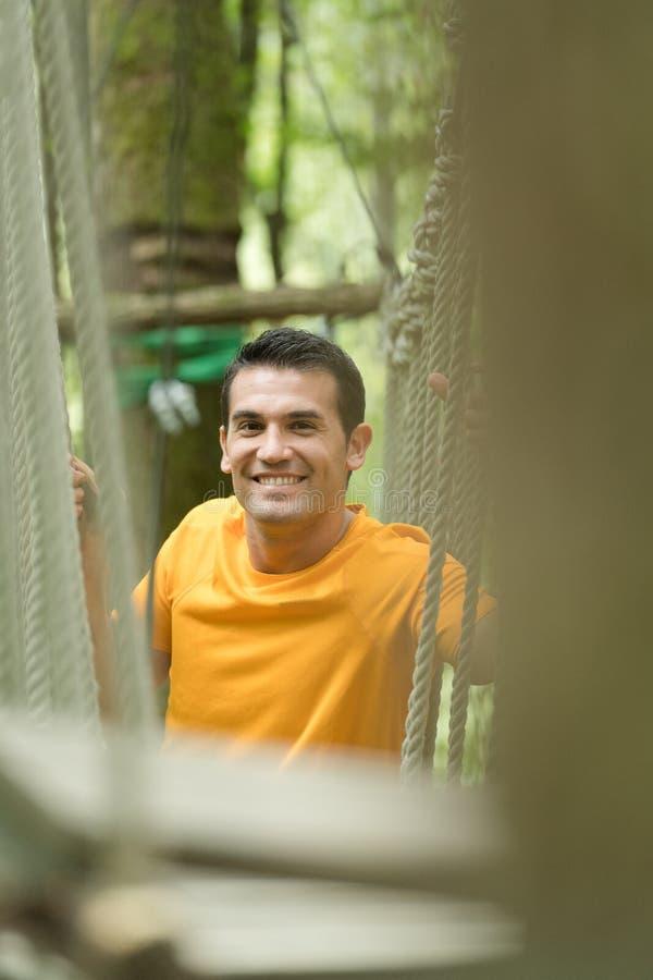 Szczęśliwy arywista w przygoda parku zdjęcie stock