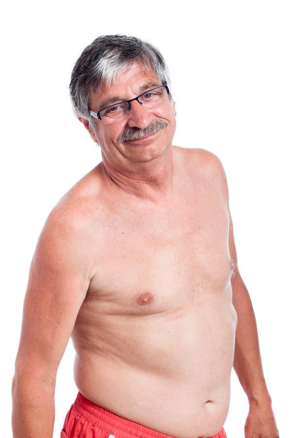 Szczęśliwy bez koszuli starszy mężczyzna zdjęcie royalty free
