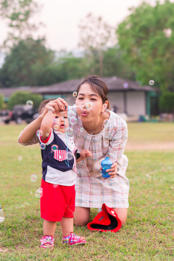 Szczęśliwy czas dziecko fotografia royalty free