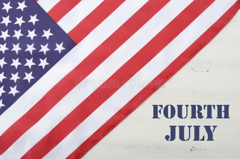 Szczęśliwy czwarty Lipa usa flaga na Białym drewno stole zdjęcia stock