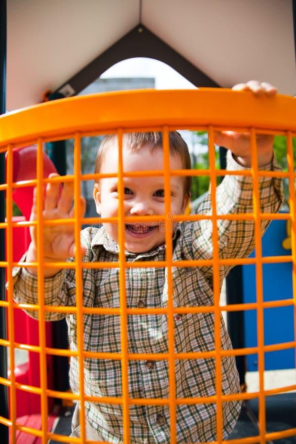 szczęśliwy dziecka boisko obraz royalty free