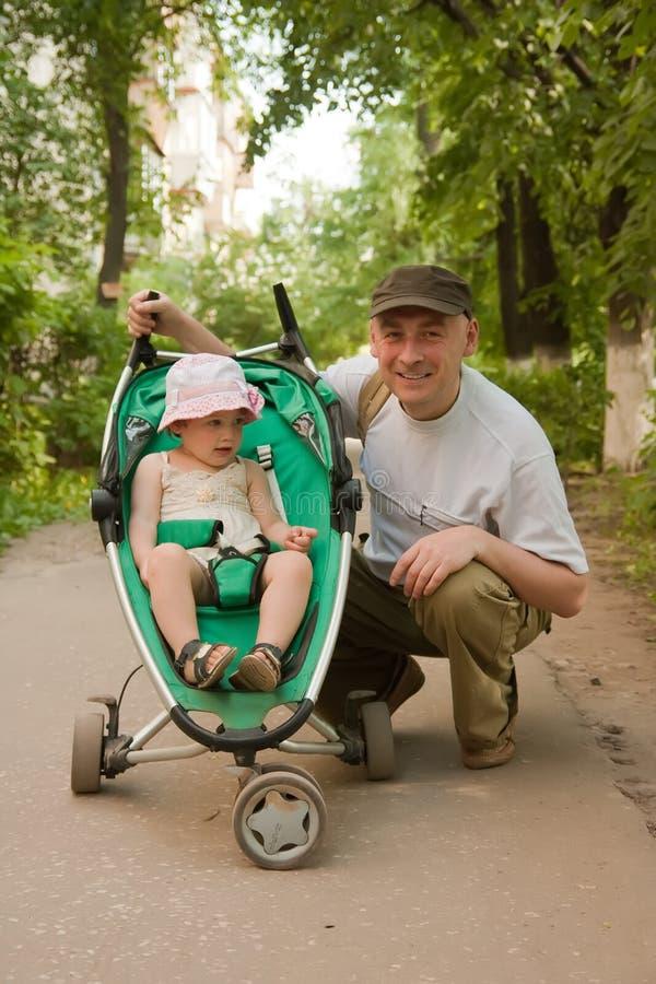 Ojciec z małą córką fotografia stock