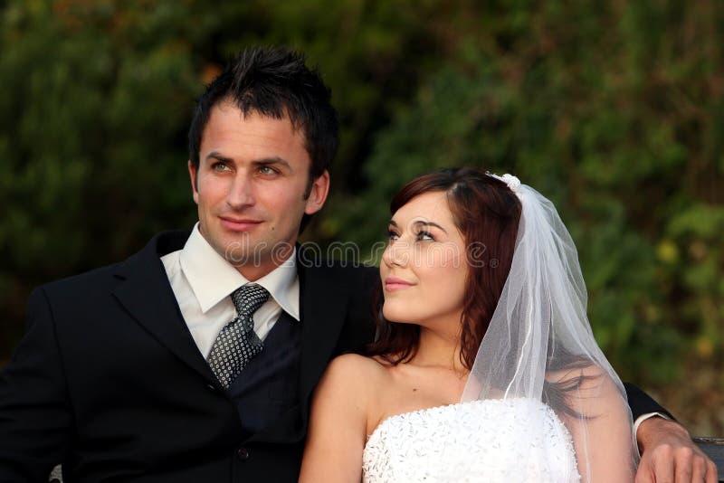 szczęśliwy para ślub zdjęcia royalty free