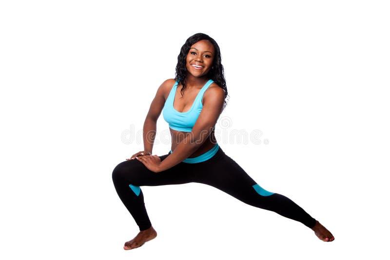 Szczęśliwy sprawności fizycznej ćwiczenie zdjęcia royalty free