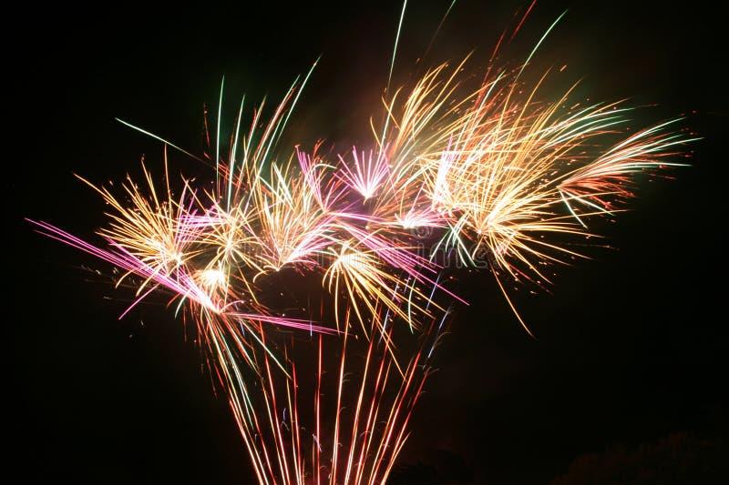 Szczęśliwy 4th Lipów fajerwerki obrazy stock