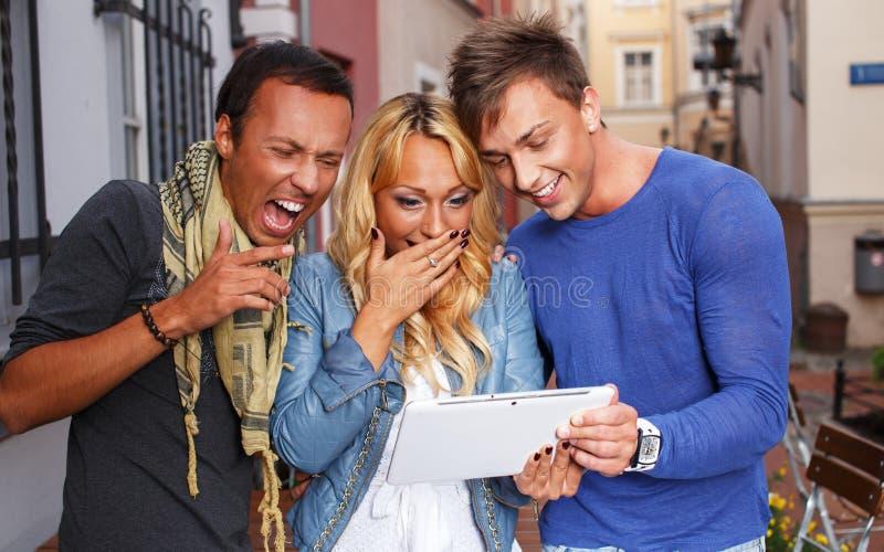 Szczęśliwy trzy przyjaciela obrazy stock