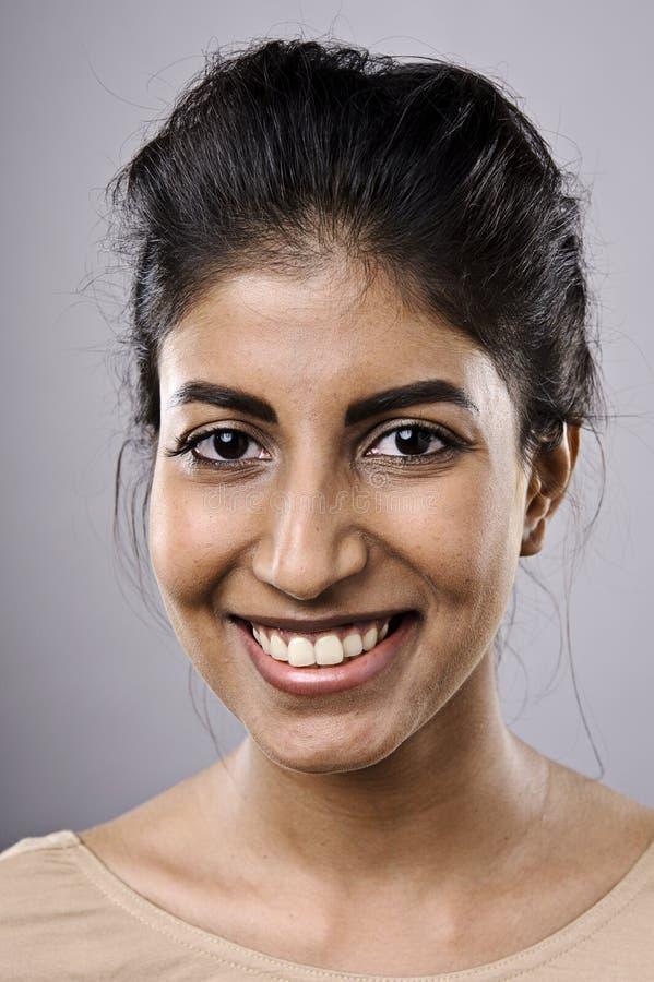 Szczęśliwy uśmiechnięty portret zdjęcie stock