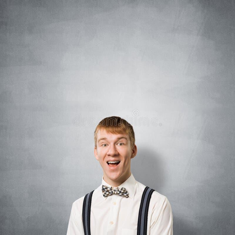 Szcz??liwy nastolatek z usta otwieraj?cym fotografia stock