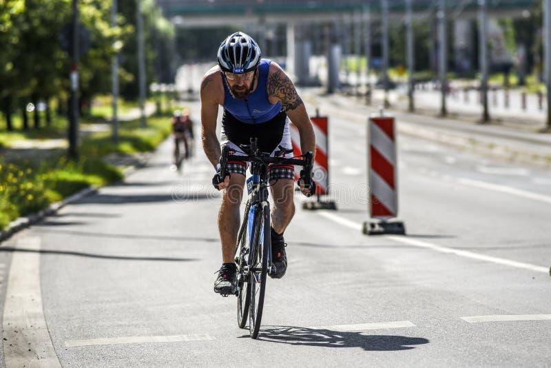 Szczeciński, Polska, Lipiec 9, 2017: Triathlon Szczeciński, Triathletes zdjęcia royalty free