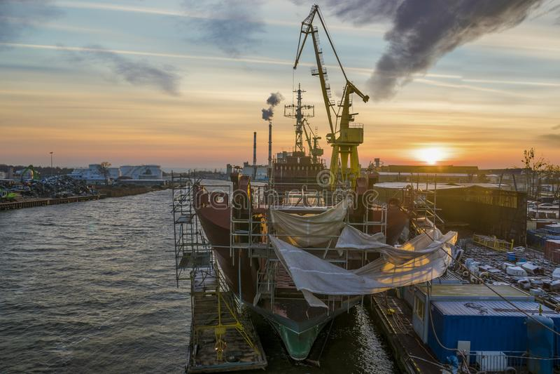 Szczecin, Πολωνία τον Ιανουάριο του 2018: Ανακαίνιση του πολωνικού shi ναυτικού στοκ εικόνα με δικαίωμα ελεύθερης χρήσης