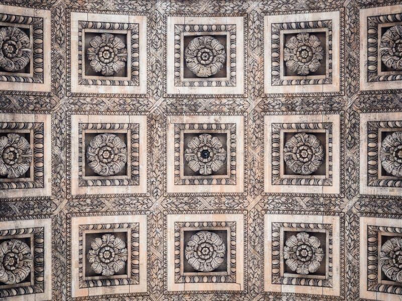 Szczegół łuk De Triomphe w Paryż Widok dekorujący ce zdjęcie royalty free