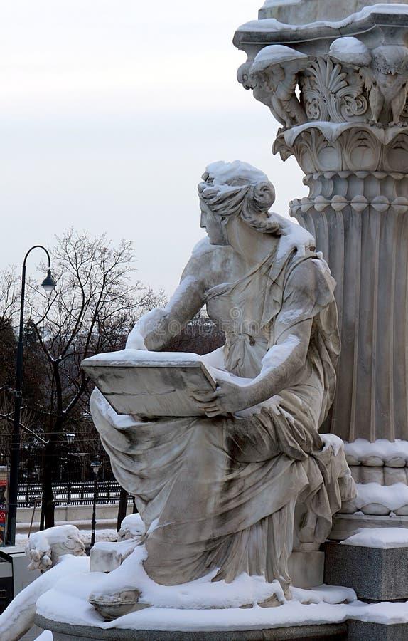 Szczegół Athene fontanna przed Austriackim parlamentem w Wiedeń obraz royalty free