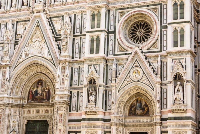Szczegół drzwi raj w Battisteroi fotografia royalty free