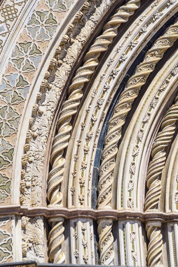 Szczegół fasada katedra Orvieto, Umbria, Włochy obrazy stock
