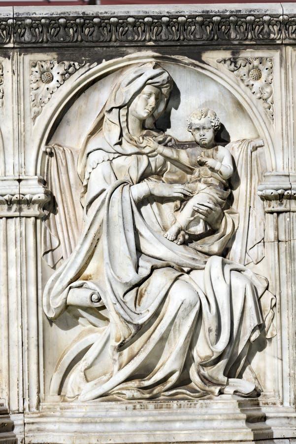 Szczegół Fonte Gaia, Siena Włochy - zdjęcia stock