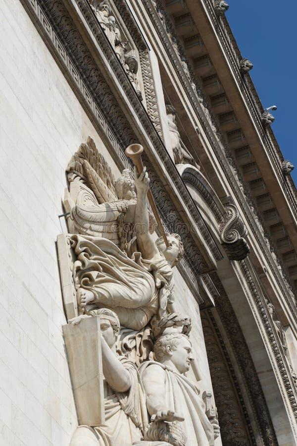 Szczegół kamienny anioła cyzelowanie na Arc De Triomphe, Paryż, Francja zdjęcia royalty free