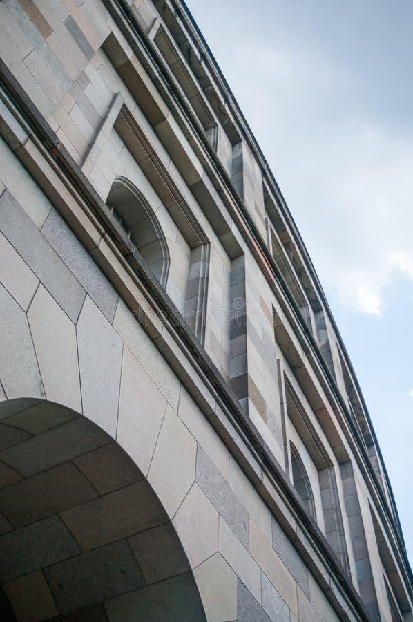 Szczegół Kongresowy Hall Nazistowskiego przyjęcia wiecu ziemie Nuremberg arkada obraz royalty free