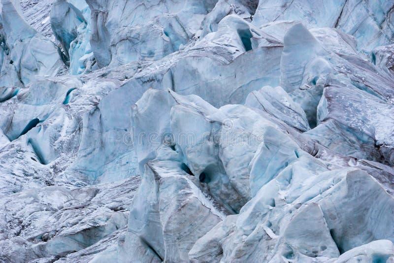 Szczegół lodowiec z dziurami i crevasses w Andes fotografia royalty free