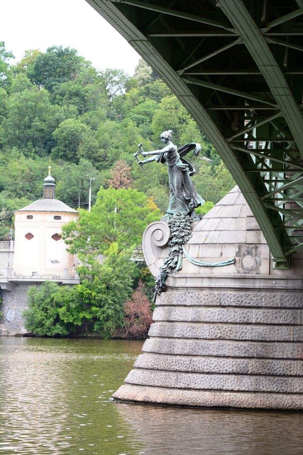 szczegół MÃ ¡ nes most Praga cesky krumlov republiki czech miasta średniowieczny stary widok obrazy royalty free