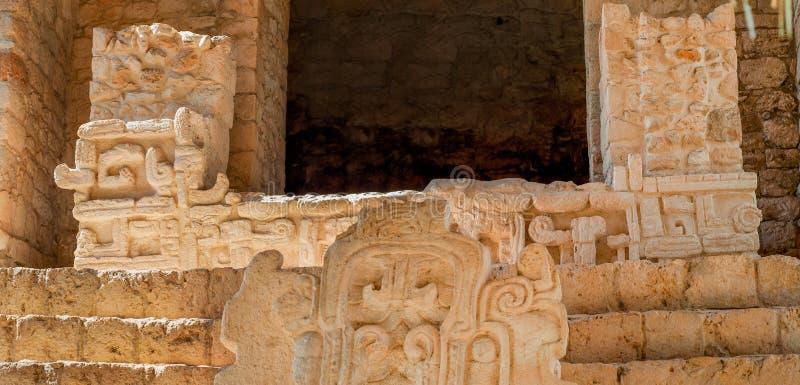 Szczegół Majska rzeźba w archeologicznym terenie Ek Balam, fotografia royalty free