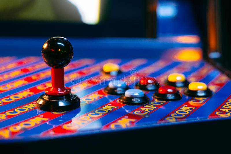 Szczegół na joysticku i sześć guzik kontrola błękitna arkady gra obraz royalty free