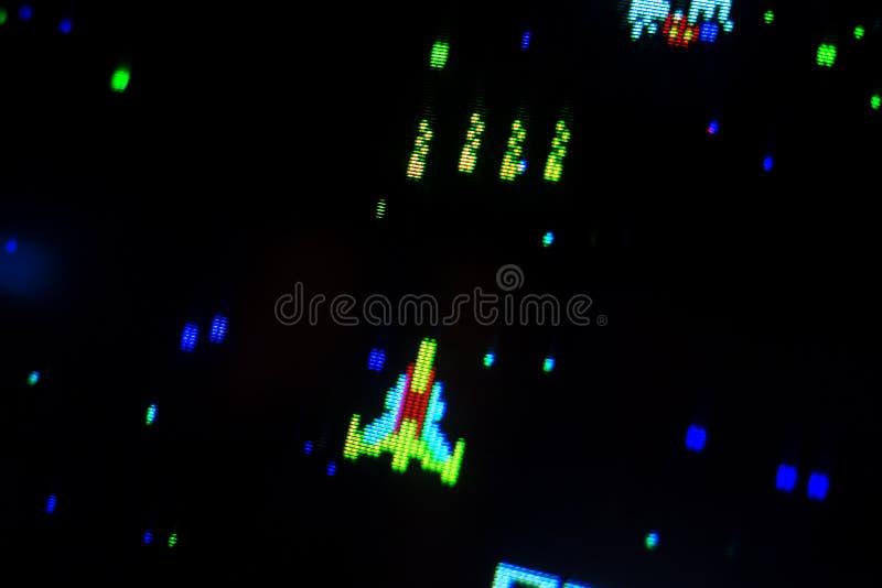 Szczegół na mknącym astronautycznym statku starej arkady wideo gra obraz stock