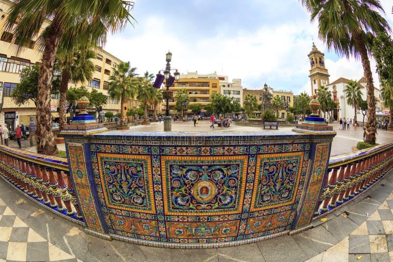 Szczegół ozdobna ceramiczna granica w starym Hiszpańskim miasteczku obrazy royalty free