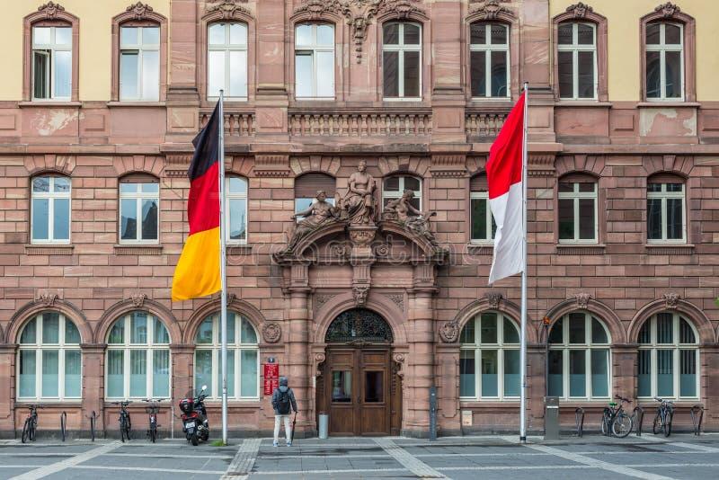 Szczegół Stary urząd miasta na Paulsplatz kwadracie w Frankfur fotografia stock