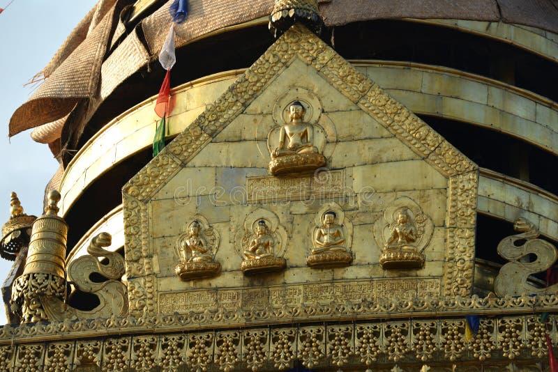 Szczegół Swayambunath stupa przed trzęsieniem ziemi, Kathmandu, zdjęcia royalty free