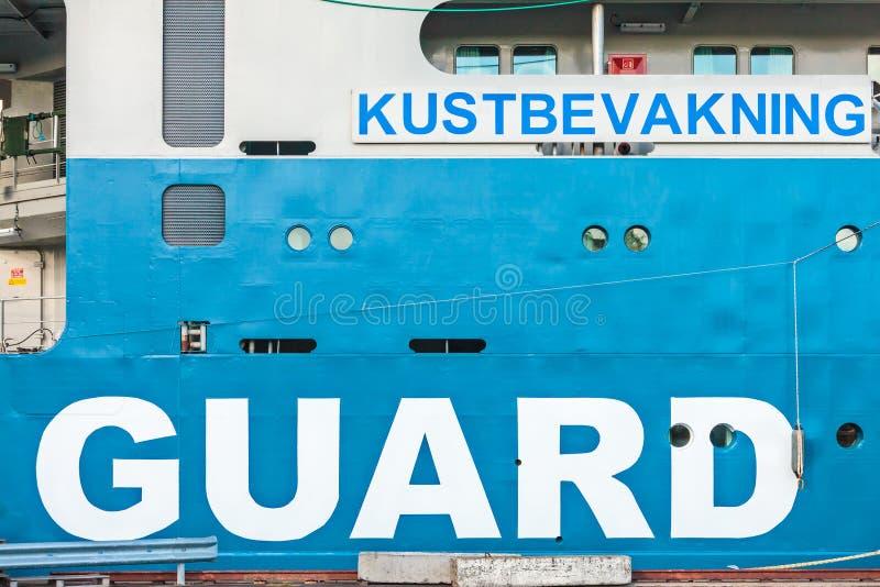 Szczegół Szwedzki straż wybrzeża statek w schronieniu miasto o obrazy stock