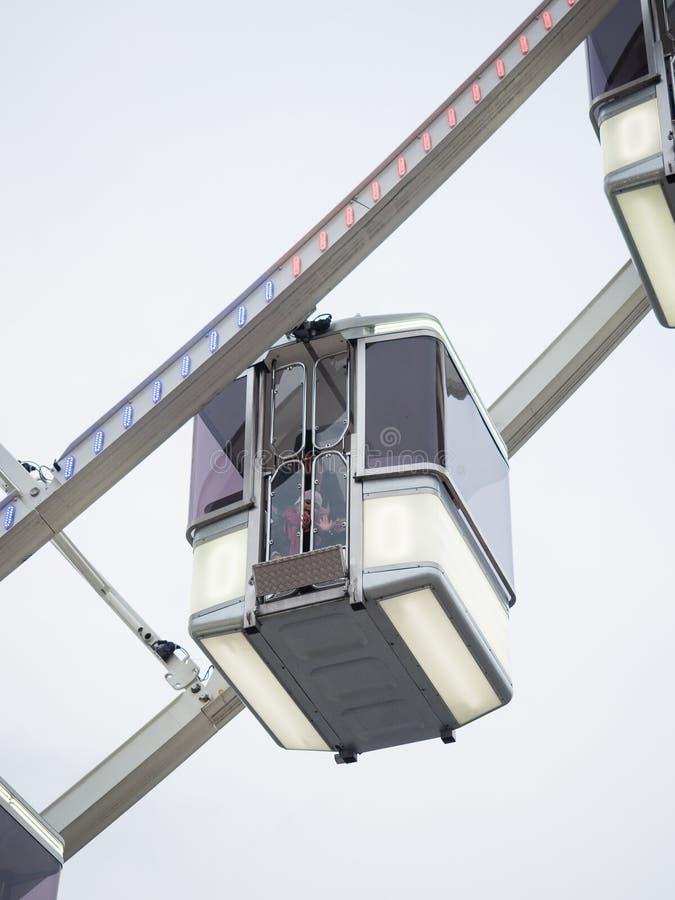 Szczegół taksówki Ferris koło instalujący w miejscu de zdjęcia royalty free