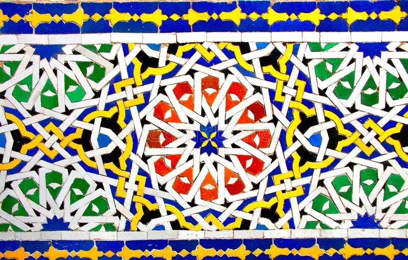 Szczegół tradycyjna marokańska mozaiki ściana, Maroko zdjęcia stock