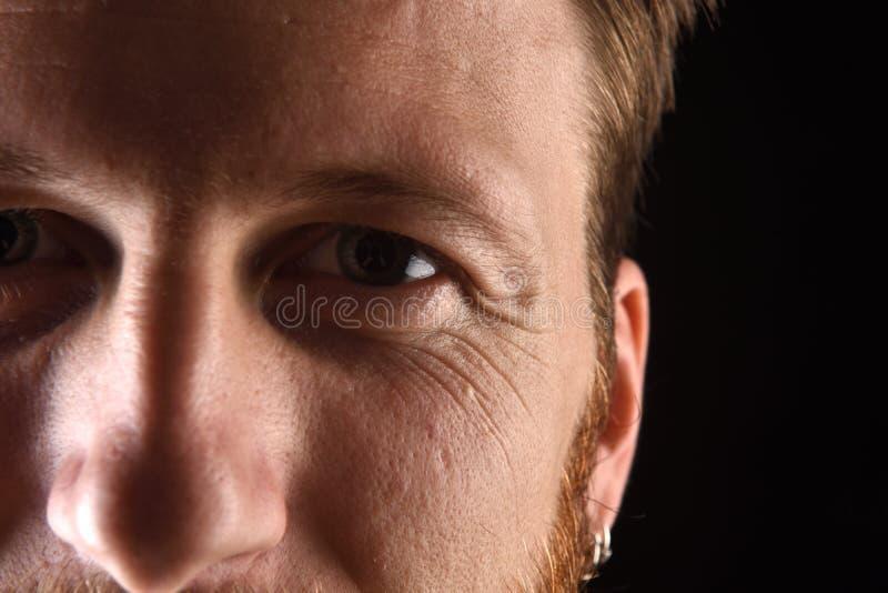 Szczegół twarz mężczyzna w jego wczesnych trzydzieści obrazy royalty free