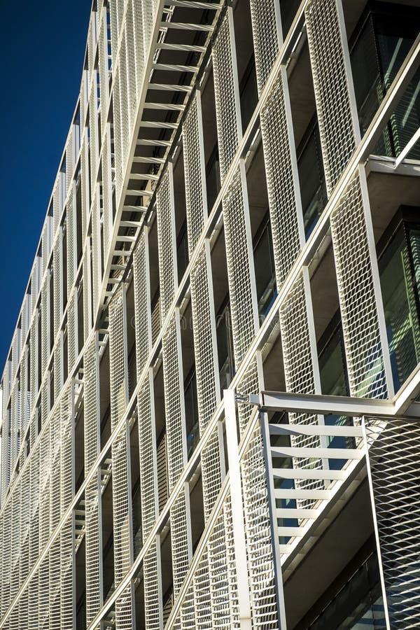 Szczegół współczesny nowożytny biuro budynek zdjęcia stock