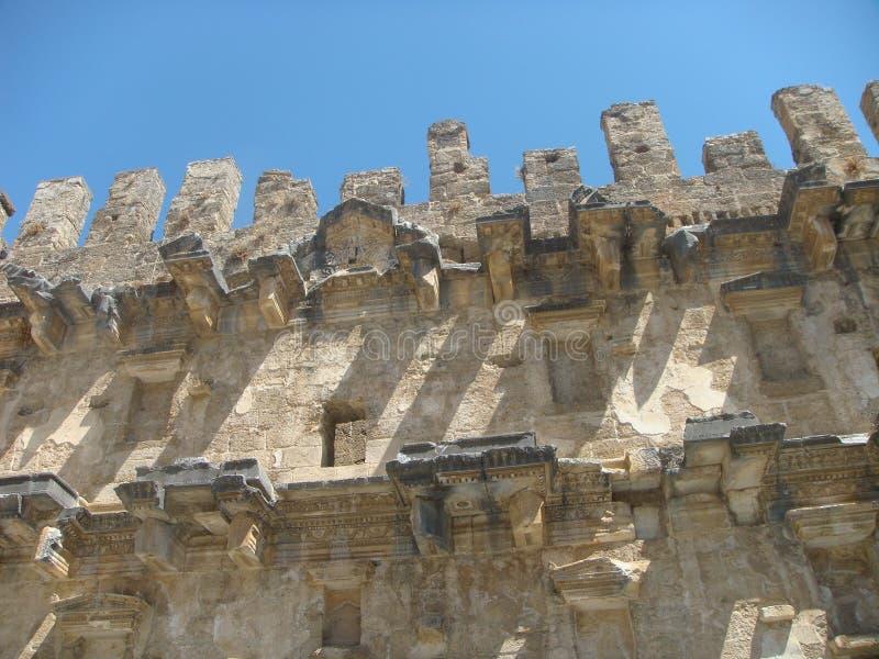 Szczegół wyższa część ściana antyczny amfiteatr Aspendos w Turcja obrazy royalty free