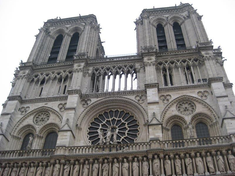 Szczegółowy entranceway Cathédrale notre-dame de paris, Paryż zdjęcia royalty free