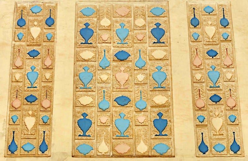 Szczegóły architektury i dekoracja murów w Forcie Amer w Jaipur, region Rajastan w Indiach obrazy royalty free