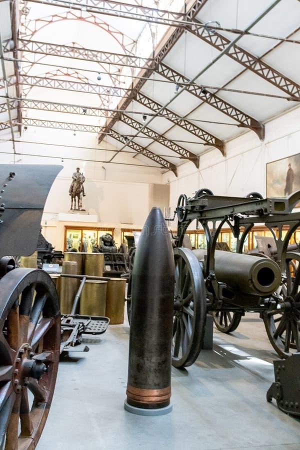 Szczegóły militarny wyposażenie w Militarnym muzeum Brussel obrazy stock
