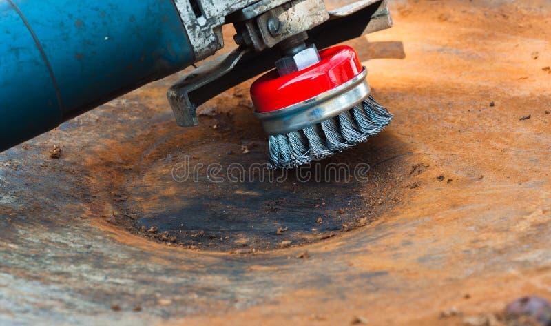 szczotkarskiego cleaning drut obraz stock