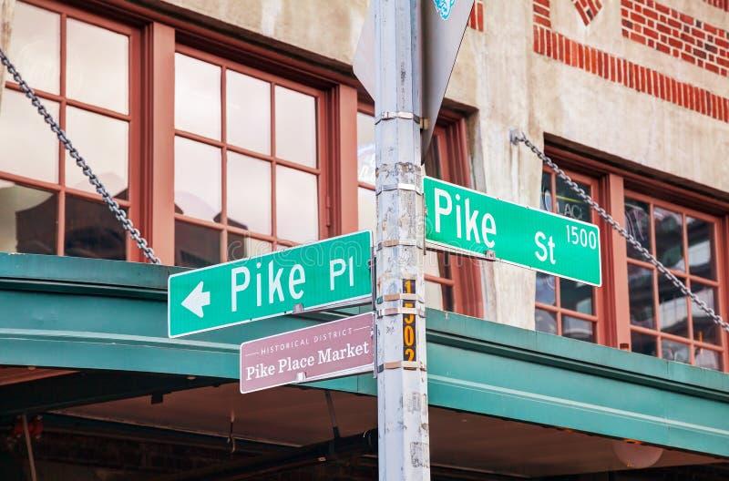 Szczupaka miejsca znak przy sławnym Jawnym rynkiem w Seattle zdjęcie stock