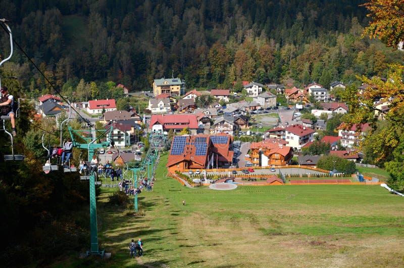 Szczyrk en montagnes de la Pologne Beskidy images stock