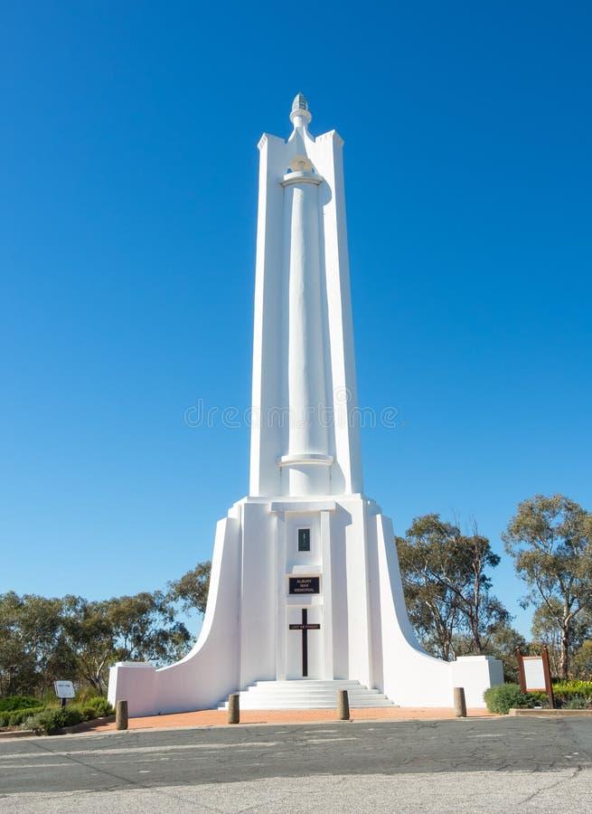 Szczyt obserwaci teren z pierwszą wojną światowa & II pomniki wyprostowywał mieszkanami Albury upamiętniać fotografia stock