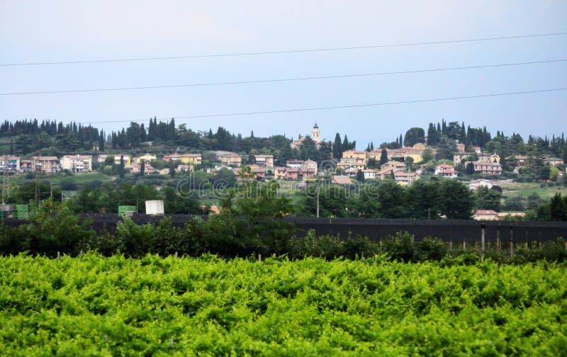 Szczyt wioski scenerii prowincja Bergamo Lombardy Włochy obraz stock