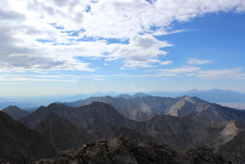 Szczytu widok od Humboldt szczytu, Sangre De Cristo Rozciągający się góry skaliste colorado obraz stock