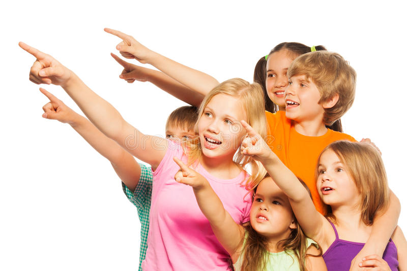 Sześć śmiesznych dzieciaka punktu palców na boku fotografia stock