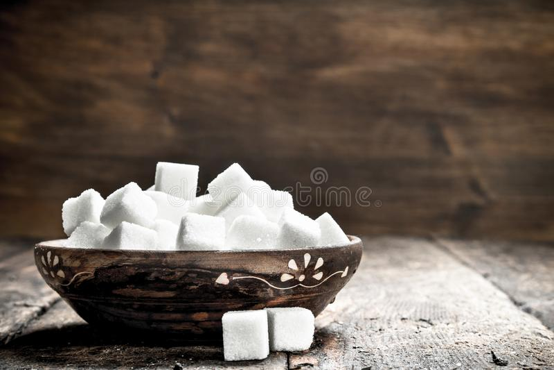 Sześciany cukier w pucharze fotografia royalty free