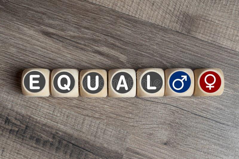 Sześciany i kostki do gry z słowo równym zdjęcie royalty free