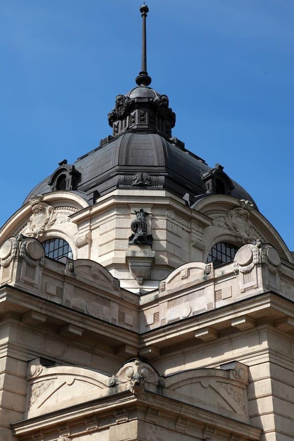 Szechenyi热量巴恩的接近的看法在布达佩斯,匈牙利 免版税库存图片